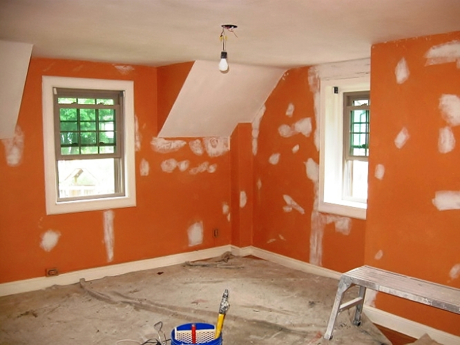 After doing some prep work and appling ceiling paint we applied a two tone color scheme onto the walls covering up the bland orange color with a neutral flat finish and a bold color flat finish which really adds a distinguished look to the room. We also carried the same lavender color into the master bathroom, allowing the master bath and master bedroom to flow together.